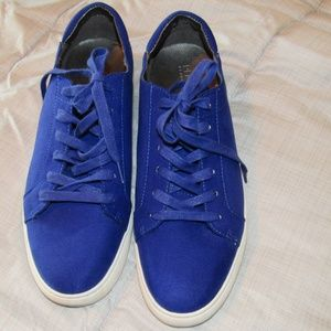 KENNETH COLE royal blue sneakers